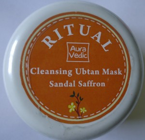 DSC01720 300x289 Auravedic Ritual Cleansing Ubtan Mask Review
