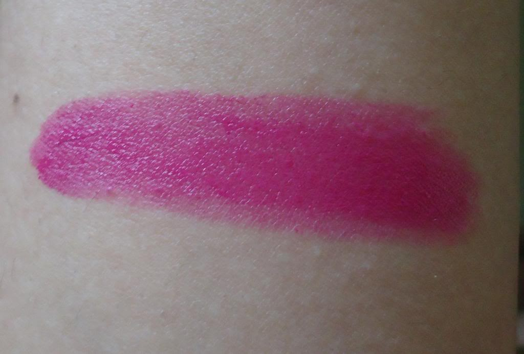 DSC03347 zps5fb162ba Maybelline 14Hr Superstay Lipstick Review, Swatches