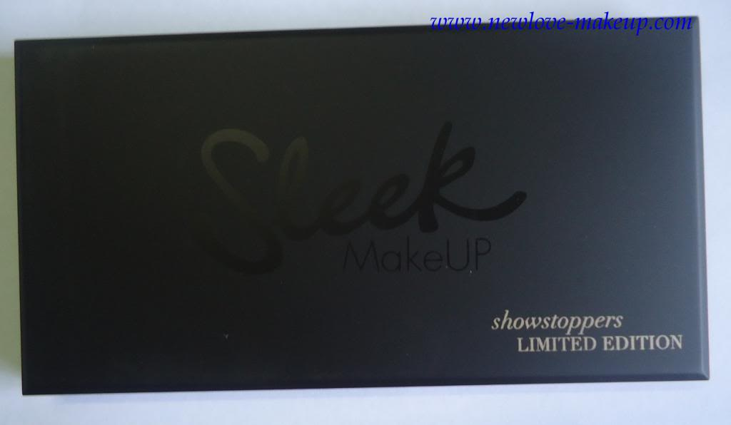 DSC03774 zpsc8197b38 Sleek MakeUP i Divine Showstoppers Palette Review, Swatches