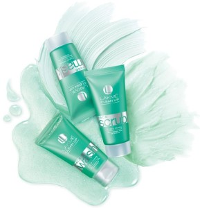 L1 289x300 New Lakme Clean Up Range  Clear Pores