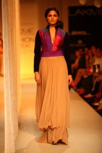 Manish Malhotra at LFW WF 203 4 200x300 Manish Malhotra at LFW Winter/Festive 2013