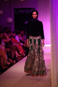 Manish Malhotra at LFW WF 203 6 200x300 Manish Malhotra at LFW Winter/Festive 2013