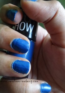 DSC078021 209x300 Maybelline Color Show Nail Paints Review, NOTD