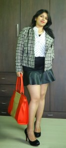 DSC085341 133x300 OOTD: Polka Dot Shirt, Tweed Jacket, Toteteca Bag